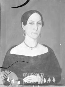 Portréty předků na snímcích z fotoateliéru Seidel, kde si objednal přefotografování originálních obrazů