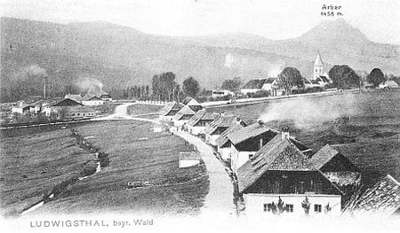 Ludwigsthal s horou Javor v pozadí, pohlednice