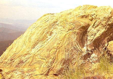 Rulové skalisko na vrcholu hory Javor