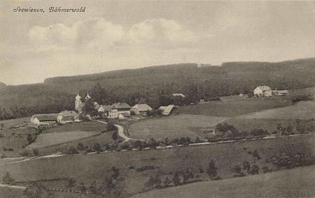 Javorná na staré pohlednici