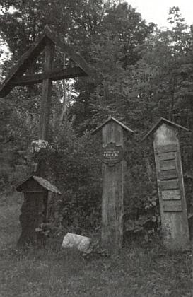 Umrlčí prkno rodiny Adlerů na Pateříkové Huti blízko Javorné