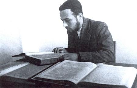 Jeho syn Sinaj Adler v mladém věku