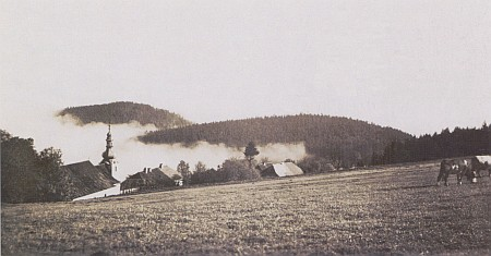Dobrá Voda u Hartmanic na staré pohlednici, foto Franz Wolf