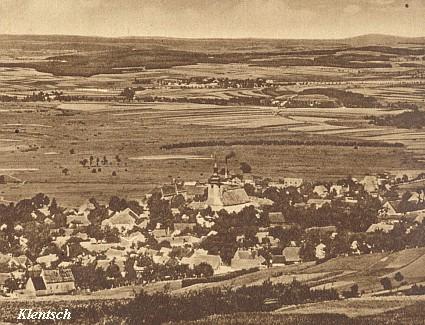 Tady v bavorském tenkrát Klentsch (dnes Klenčí pod Čerchovem) bydlili s manželem až do konce války