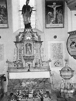 V kostele sv. Anny v Zejbiši (dnes Javorná) při bočním oltáři sesochou sv. Jana Nepomuckého byla nejspíše pokřtěna