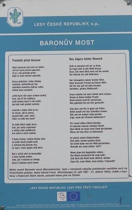 Almesbergerova báseň Poslední přání lovcovo přetištěná ze stránek Kohoutího kříže     na zastavení naučné stezky u Pohoří na Šumavě Baronův most