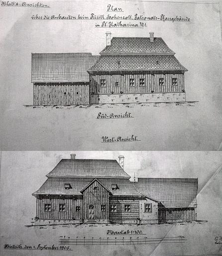 Farní budova ve Svaté Kateřině byla ze dřeva, jak dokumentují kresby z roku 1906