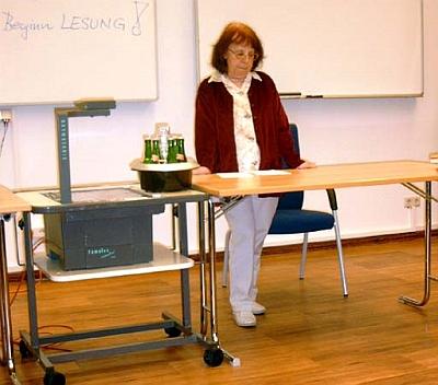 Čte své básně na semináři o úkolech spisovatelů ve sjednocené Evropě, pořádané exilovým PEN klubem v červnu 2005 v Bildungszentrum Eichholz za předsednictví bývalého českého novináře Rudolfa Ströbingera