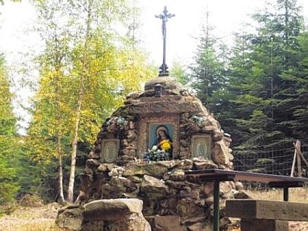 Panna Maria v lese u Jedliny