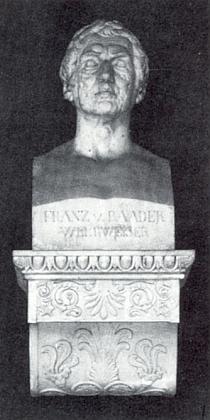 Jeho bysta v síni slávy na Tereziině louce (Theresienwiese) v Mnichově