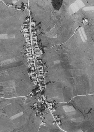 Chlum na leteckých snímcích z let 1952 a 2008