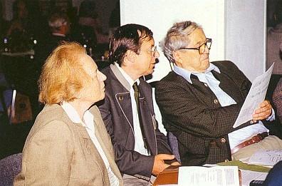Manželé Baldassariovi, uprostřed dnešní správce Schwarzenberského plavebního kanálu Hynek Hladí