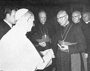 S papežem Pavlem VI. roku 1975