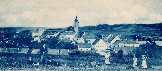 Rodný Pilníkov na pohlednici z konce 19. století