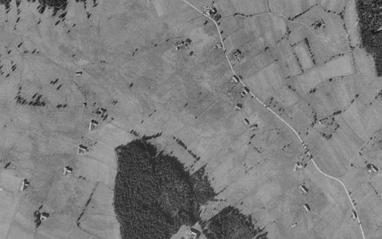 Chlumany na leteckých snímcích z let 1952 a 2008