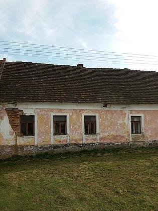 Rodný dům čp. 16 na návsi v Plané