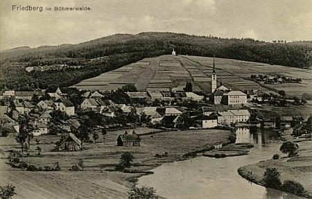 Dvě pohlednice Josefa Seidela, zachycující někdejší Frymburk