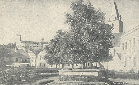 Náměstí zvané kdysi Sofienplatz v Rožmberku nad Vltavou