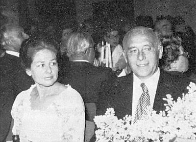 Otec a matka při slavnostním přijetí v rytířském sále císařského hradu v Norimberku o Sudetoněmeckém sněmu roku 1978, kdy byl Walter Becher dosud mluvčím celého krajanského sdružení