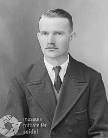 """Na snímku datovaném 15. dubna roku 1939 sBerausovou adresou """"Zippendorf6"""""""