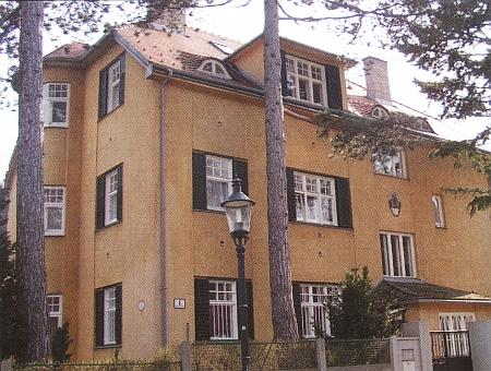 Dva domy ve Vídni, kde bydleli s manželem před odchodem do švédského exilu