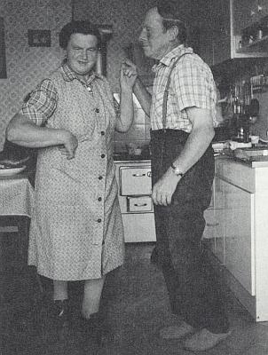 """Rodiče si o otcových osmdesátinách neodpustili v říjnu 1992 tenhle vzpomínkový """"landler"""""""