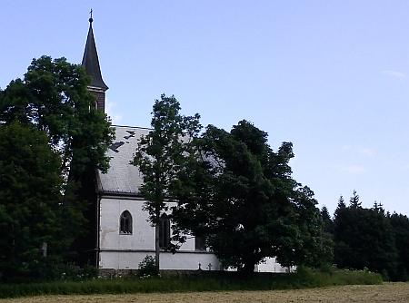 Opravený kostel ve Svatém Tomáši