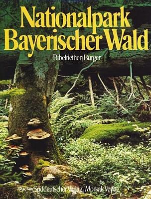 Obálky dvou jeho knih (Morsak Verlag, Grafenau, 1985 a Edition Lichtland, Freyung, 2017)