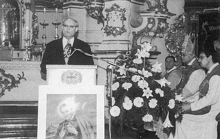 Při vzpomínce na mrtvé v patronátním městě Ingolstadtu 1998