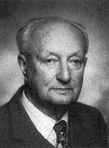 Otec Rudolf roku 1990 jako pětaosmdesátiletý...
