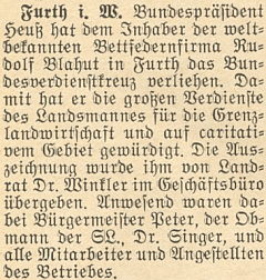Zpráva o propůjčení tohoto vyznamenání prvním prezidentem SRN po druhé světové válce, jímž byl Theodor Heuss (žil vletech 1884-1963, svůj úřad vykonával v letech 1949-1959)