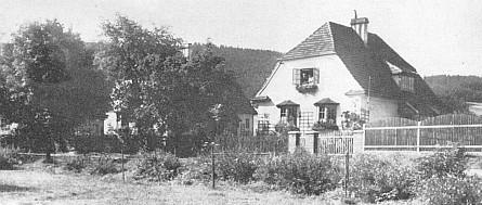 Dům Josefa Blaua v Nýrsku, sousedící s Watzlikovým....