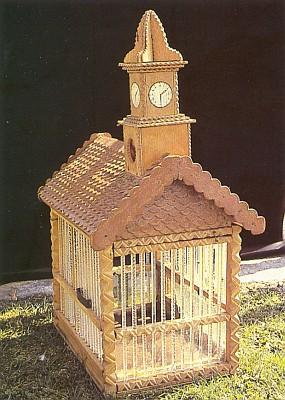 Ptačí klec se skleněnou mřížkou zřejmě ze skláren ve Spigelau, kde také působil