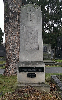 Jeho hrob na hřbitově vídeňské čtvrti Meidling