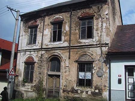 Stav před zahájením rekonstrukce v roce 2002