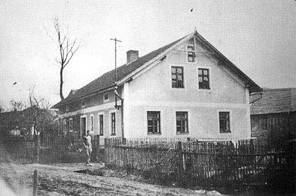 Dům čp. 34 v Myslivi, obývaný rodinou Bohmannovou