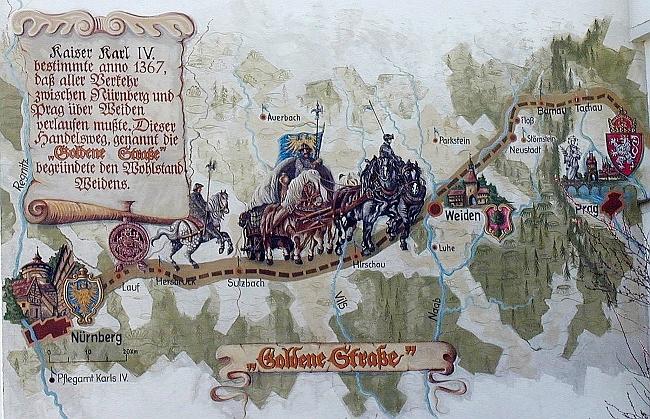 """""""Zlatá cesta"""" císaře Karla IV. je takto zobrazena na jednom z domů ve Weidenu"""