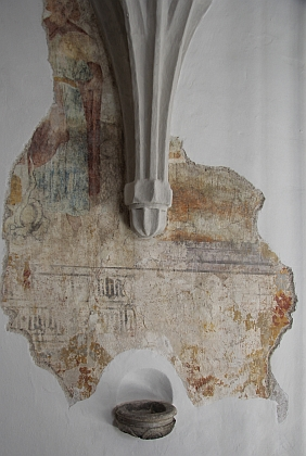 Původní výmalba, odrytá při rekonstrukci