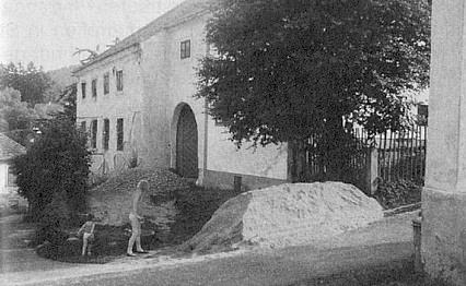 Pascher-Bäcker-Haus v tehdejším Německém Benešově, kde vyrůstala