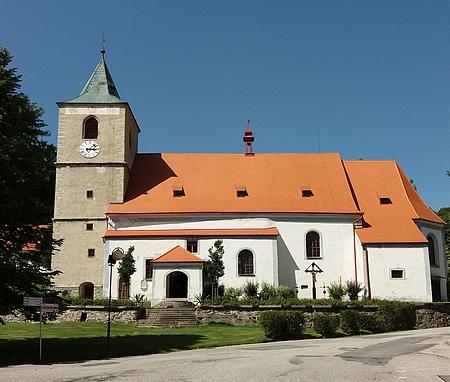 """""""Temná věž"""" hornoplánského kostela sv. Markéty si zachovala svou původní tvářnost"""