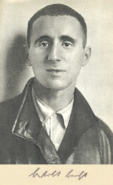 Brecht v roce 1927