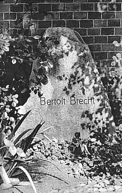 Brechtův hrob v Berlíně