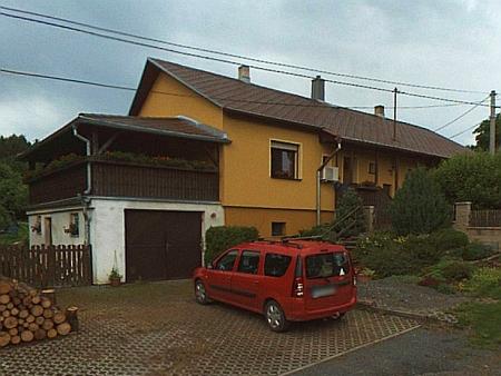 Dům čp. 4 v Maxově na snímku z roku 2015