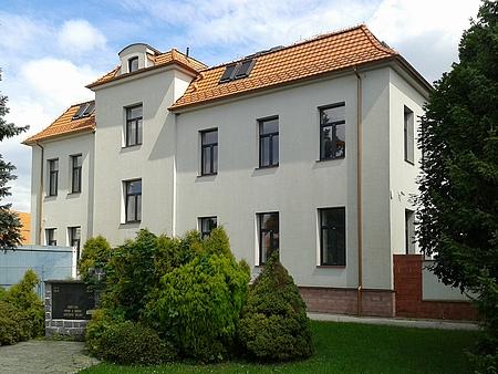 Někdejší německá škola v českobudějovickém Rožnově