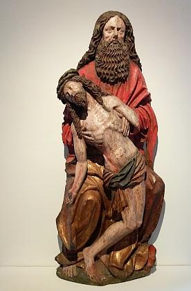 Socha Josefa Arimatijského s tělem Kristovým (kolem roku 1500) je dnes ve sbírkách českokrumlovského muzea