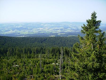 Pohled z Třístoličníku do Bavorska