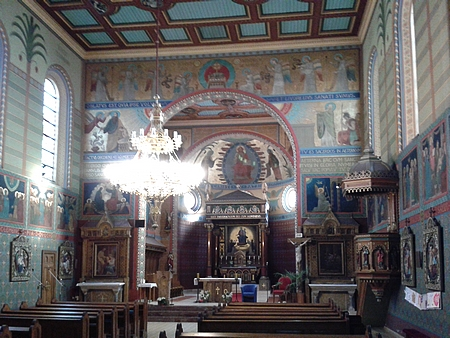Interiér Růžencového kostela v Českých Budějovicích