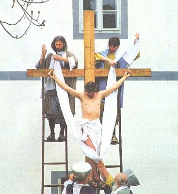 Záběr z českokrumlovské velikonoční inscenace v dubnu 2010