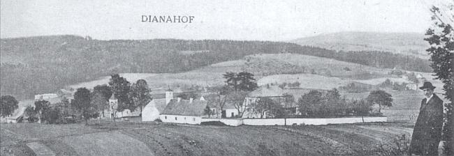 Dianahof na pohlednici z první čtvrtiny dvacátého století - počátkem jeho druhé poloviny sloužil     zdejší zámeček jako rota Pohraniční stráže - v Evropě rozdělené železnou oponou     (viz i Ida Friederike Görresová)