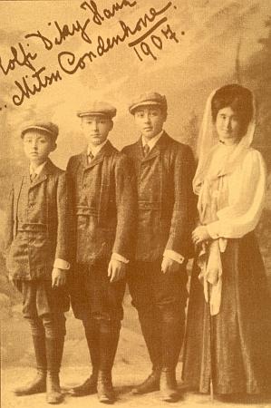 Mitsu Coudenhove a její synové na snímku z roku 1907 s matčiným vlastnoručním přípisem